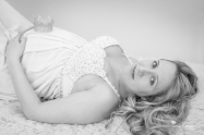 Jamie Romaezi, Northern Virginia Maternity Photographer