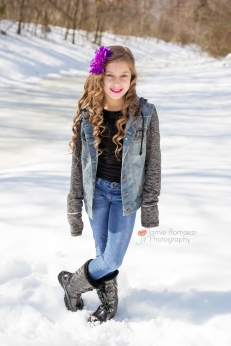 girl in snow jamie romaezi photography