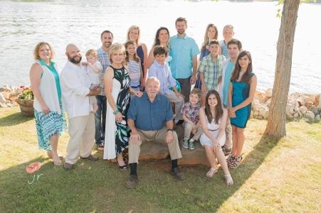 Large family photo on rocks jamie romaezi