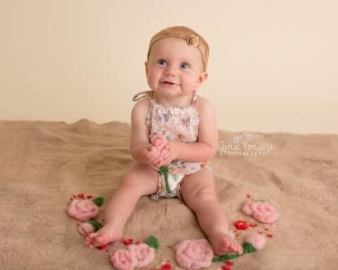 baby in roses jamie romaezi