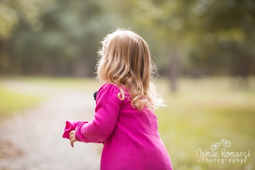 Little girl curls.