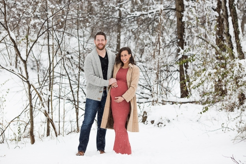 Jamie Romaezi Photography Snow Maternity Photos