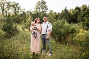 Loudoun County Family Photographer, Wildflower field